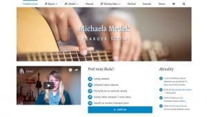 michaela medek teaches ukulele